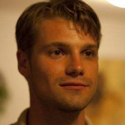 Damon van der Linde avatar